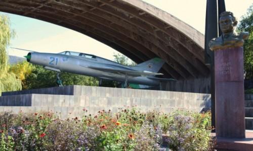 Zdjęcie ARMENIA / Lori Marz / Sanahin  / Samolot MiG w Muzeum braci Mikojan