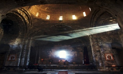 Zdjecie ARMENIA / Sjunik / Tatev  / Poranne nabożeństwo