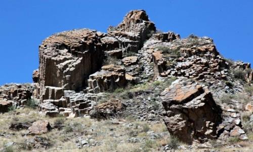 Zdjęcie ARMENIA / Sisian / Worotnavank  / Formacje skalne