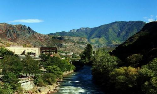 Zdjęcie ARMENIA / Lori Marz / Sanahin  / Rzeka Debed
