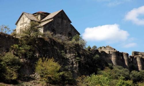 Zdjęcie ARMENIA / Lori Marz / Akhtala / Klasztor twierdza