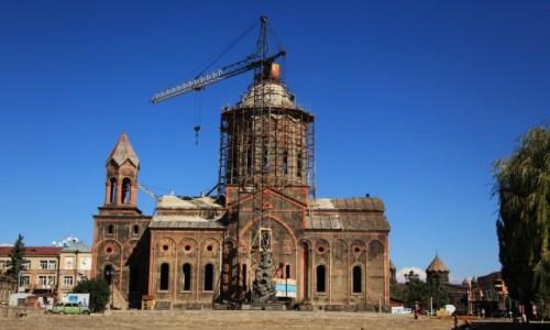 Zdjecie ARMENIA / Shirak / Gyumri  / Odbudowa Kościo