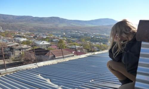 Zdjecie ARMENIA / - / Refleksje nad sensem istnienia ;) / Dachy Nagornego Karabachu