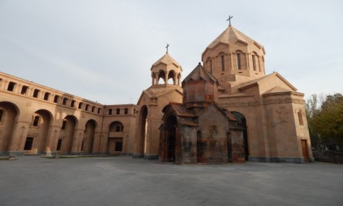 ARMENIA / . / . / Erewan - najstarszy kosciol