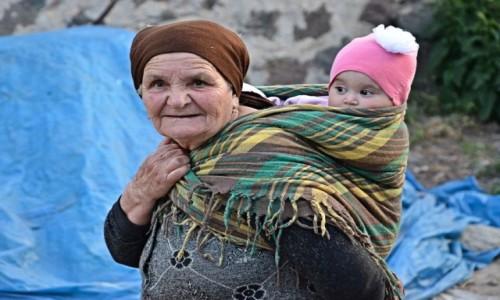 Zdjęcie ARMENIA / Sjunik / Halidzor / Pokolenia