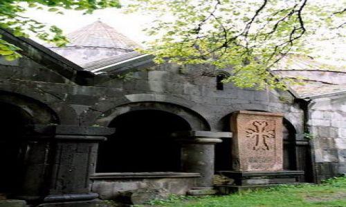 Zdjecie ARMENIA / Kanion Debed / Sanahin / Kościół z khadżkarem (krzyż wykuty w kamieniu)