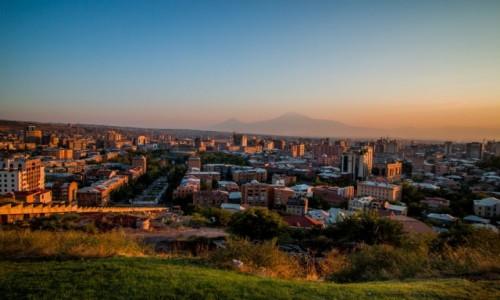 Zdjecie ARMENIA / Erywań / Erywań / Yerevan sunset