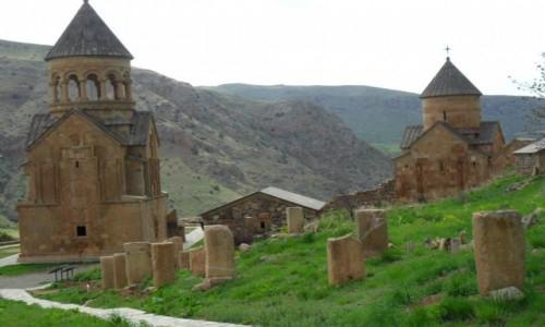 Zdjecie ARMENIA / Narovank / Narovank / Klasztor na czerwonej skale