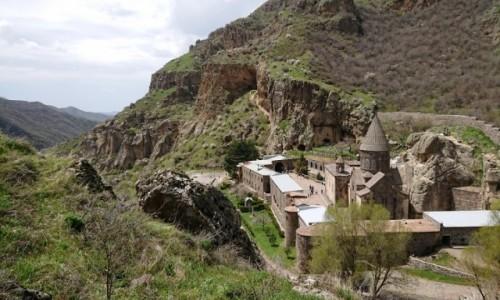 Zdjęcie ARMENIA / Kotajk / Geghard / Klasztor Włóczni – Geghard