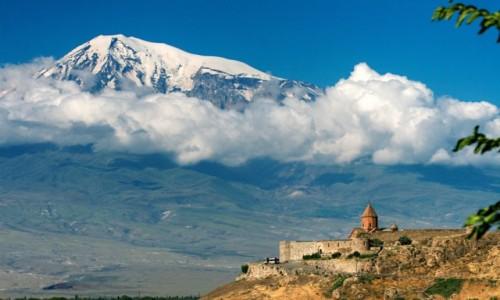 Zdjecie ARMENIA / ARARAT / ARARAT / Mount Ararat i Horvirap Temple