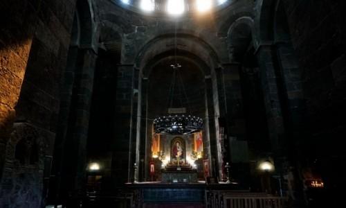 Zdjecie ARMENIA / - / Eczmiadzyn / Wnętrze kościoła św. Rypsymy