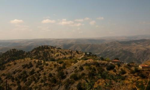 ARMENIA / Arcach / Górski Karabach / Górskie, na wpół opuszczone wioski...
