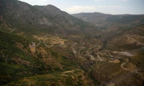 Zdjęcie ARMENIA / płd. Armenia / Tatev / Droga do klasztoru