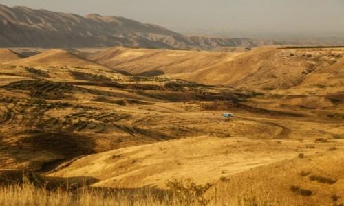 Zdjecie ARMENIA / Centralna Armenia / ok. Erywania / W wąwozie rzeki Azat