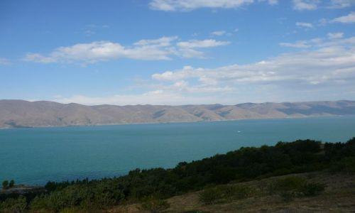 Zdjęcie ARMENIA / Sewan / nad jeziorem / jezioro Sewan