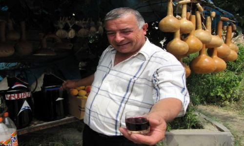 Zdjecie ARMENIA / Areni / przy drodze / Poczęstunek na trasie