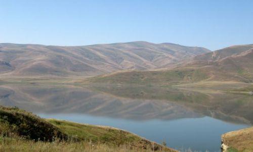 Zdjecie ARMENIA / pd Armenia / widok z drogi / Jezioro Artsvanik