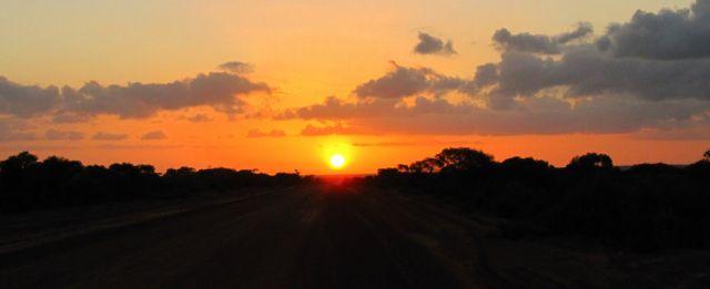 Zdjęcia: Droga do Norseman, Hyden, Zachód słońca na pustyni, AUSTRALIA