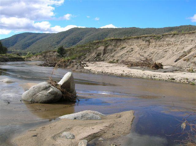 Zdjęcia: Australian Alps, Wsch. Australia, Osuniety brzeg-Nass River, AUSTRALIA