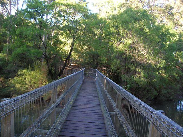 Zdjęcia: Pilgara, Zach.Australia, Mostek w Pilgara na Murray River, AUSTRALIA