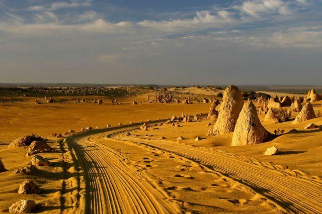 Zdjęcia: PN Pustyni Pinanacles, Droga przez pustynie, AUSTRALIA