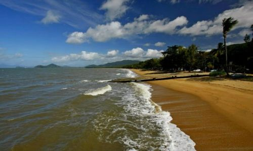 AUSTRALIA / Queensland / Palm Cove Beach / Plaze Polnocnego Queensland