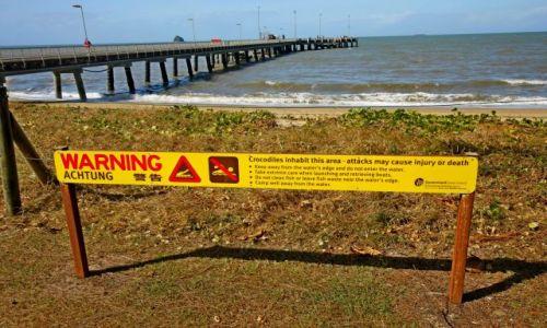 AUSTRALIA / Queensland / Palm Cove Beach / Uwaga zakaz kapieli
