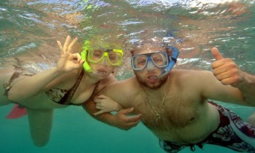 AUSTRALIA / Queensland / Great Barrier Reef / snorkel