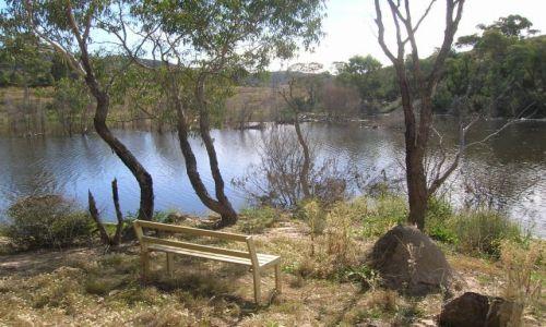 Zdjęcie AUSTRALIA / NSW / Okolice London Bridge / Queanbeyan River, zakole rzeki
