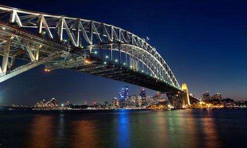 Zdjęcie AUSTRALIA / NSW / Sydney / konkurs - widok spod mostu