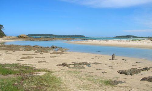 Zdjecie AUSTRALIA / NSW / Broulee / Rzeka wpada do oceanu..