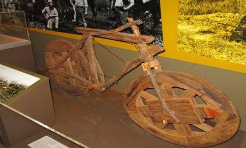 Zdjecie AUSTRALIA / Kalgoorlie / muzeum / Stuletni Rower