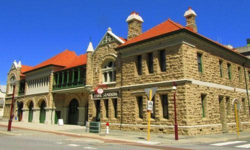 Zdjecie AUSTRALIA / Perth / śródmieście / budynek straży pożarnej