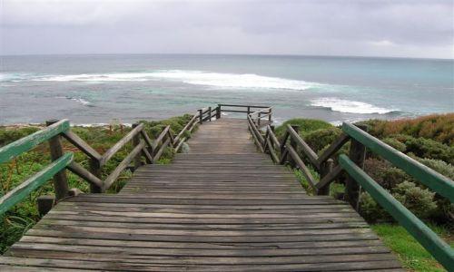 Zdjecie AUSTRALIA / Zach Austr. / Prevali wioska / Zejscie na plaze nad oceanem