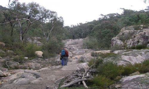 AUSTRALIA / ACT / Australian Alps / Land slide, osuniecie ziemi w gorach.