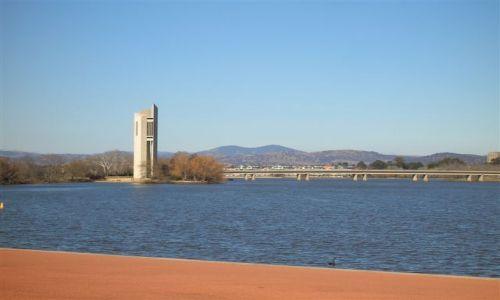 Zdjecie AUSTRALIA / ACT / Aspen Is.. / National Carillon