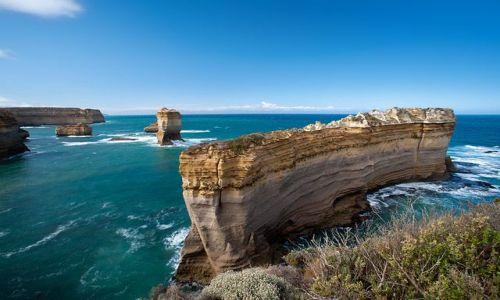 Zdjecie AUSTRALIA / Victoria / Loch Ard National Park / Konkurs. Miejsce na skraju skaly