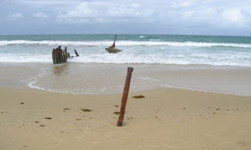 Zdjecie AUSTRALIA / Sunshine Coast / Dicky Beach / Zabytkowy wrak statku