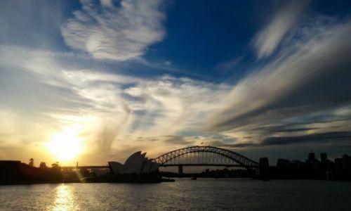 Zdjecie AUSTRALIA / Sydney / Sydney / Sydney by evening light