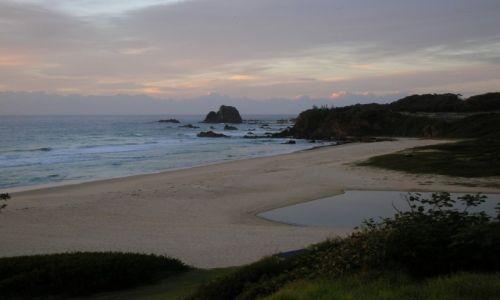 Zdjęcie AUSTRALIA / South Coasta / South Coast / Rankiem nad oceanem..