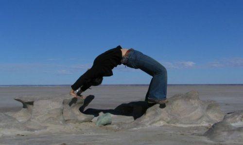 Zdjecie AUSTRALIA / brak / Lake Eyre / Yoga
