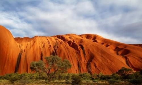 AUSTRALIA / Northern Territory / Uluru / Uluru