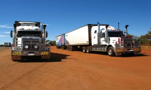 Zdjecie AUSTRALIA / WA / gdzies przy drodze / Road train