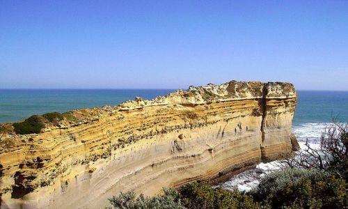 Zdjecie AUSTRALIA / południowa Australia / Great Ocean Road / jak dziób Titanica wbijający się w ocean