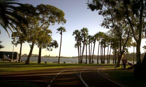Zdjecie AUSTRALIA / Western Au / Perth / Spacerem nad rzeke