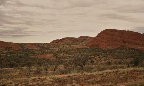 Zdjecie AUSTRALIA / - / Uluru National Park / Kata Tjuta