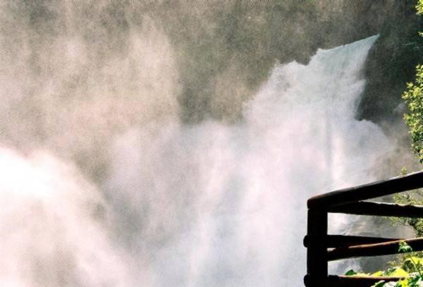 Zdjęcia: Wysokie Taury, Wodospad Krimmler, Salzburger Land,, Leje się duża woda, AUSTRIA