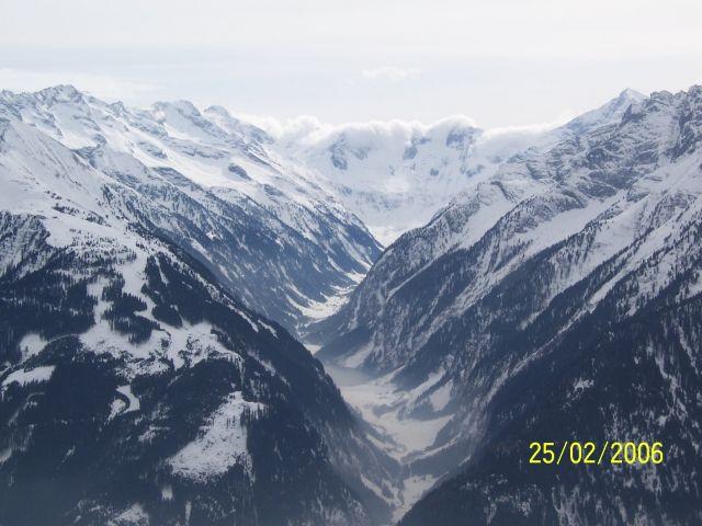 Zdjęcia: Zell, Dolina Zillertal, jezioro w wąwozie, AUSTRIA