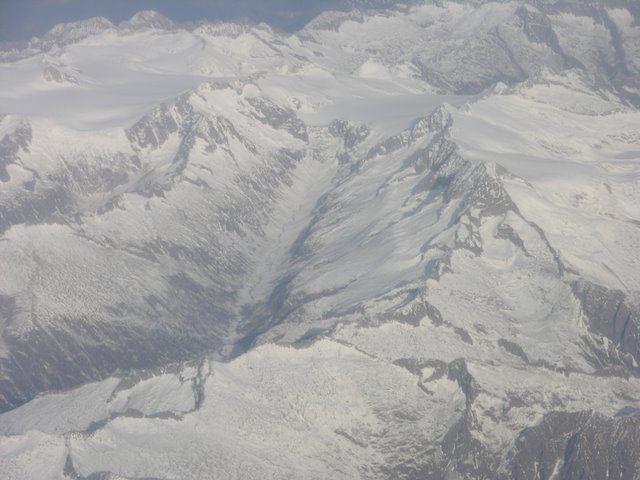 Zdjęcia: Bliżej nieokreślone, Alpy, Widok z okna samolotu, AUSTRIA