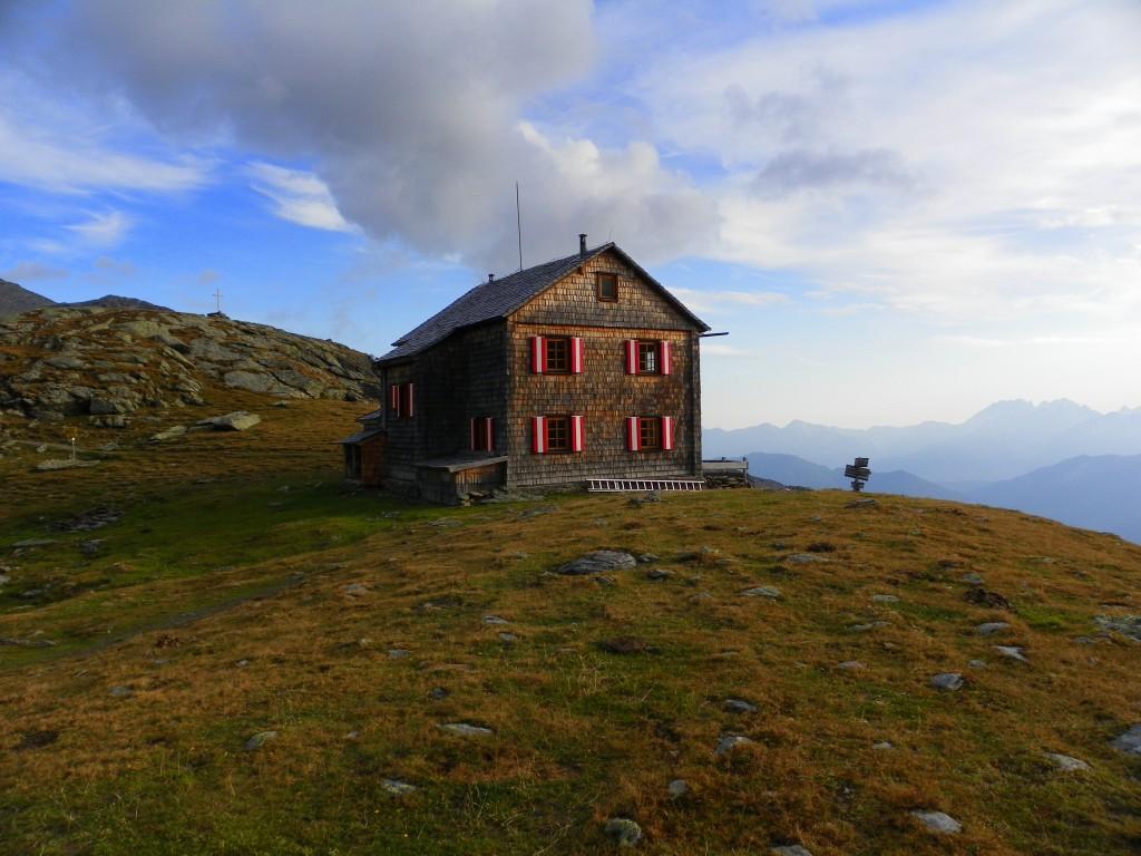 Zdjęcia: Hugo Gerbers Hütte, Karyntia, Konkurs - Schronisko Hugo Gerbers w jesienny poranek, AUSTRIA